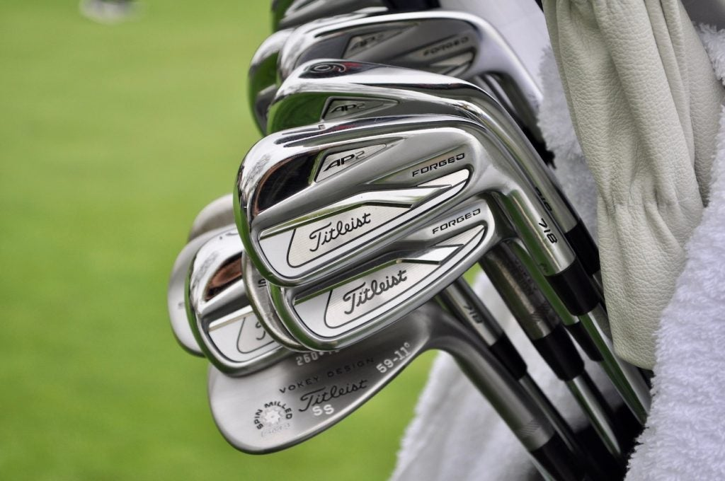 Steve Stricker finally replaced his original Titleist 710 AP2 irons with the new 718 AP2.
