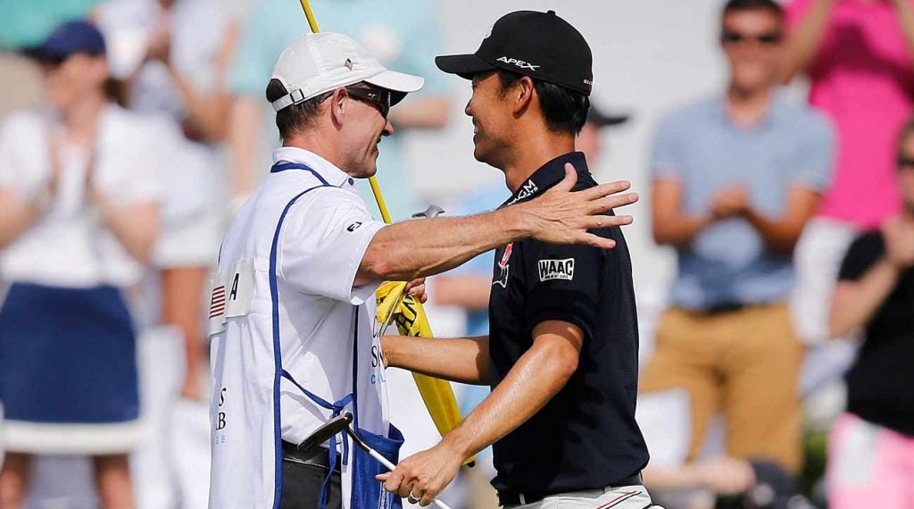 Kevin Na says he makes it a point to be generous with his caddie, Kenny Harms.