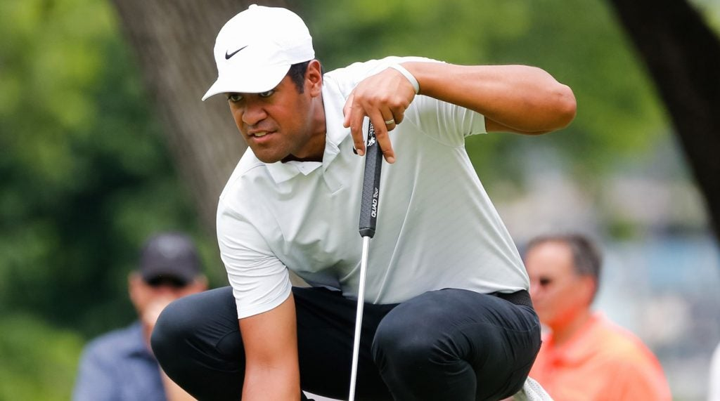 Tony Finau with his putter at Colonial this week.