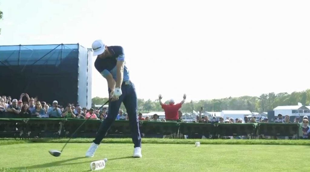 Dustin Johnson golf swing