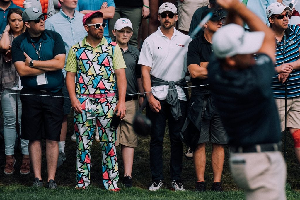 The spectator really wanted to blend in.