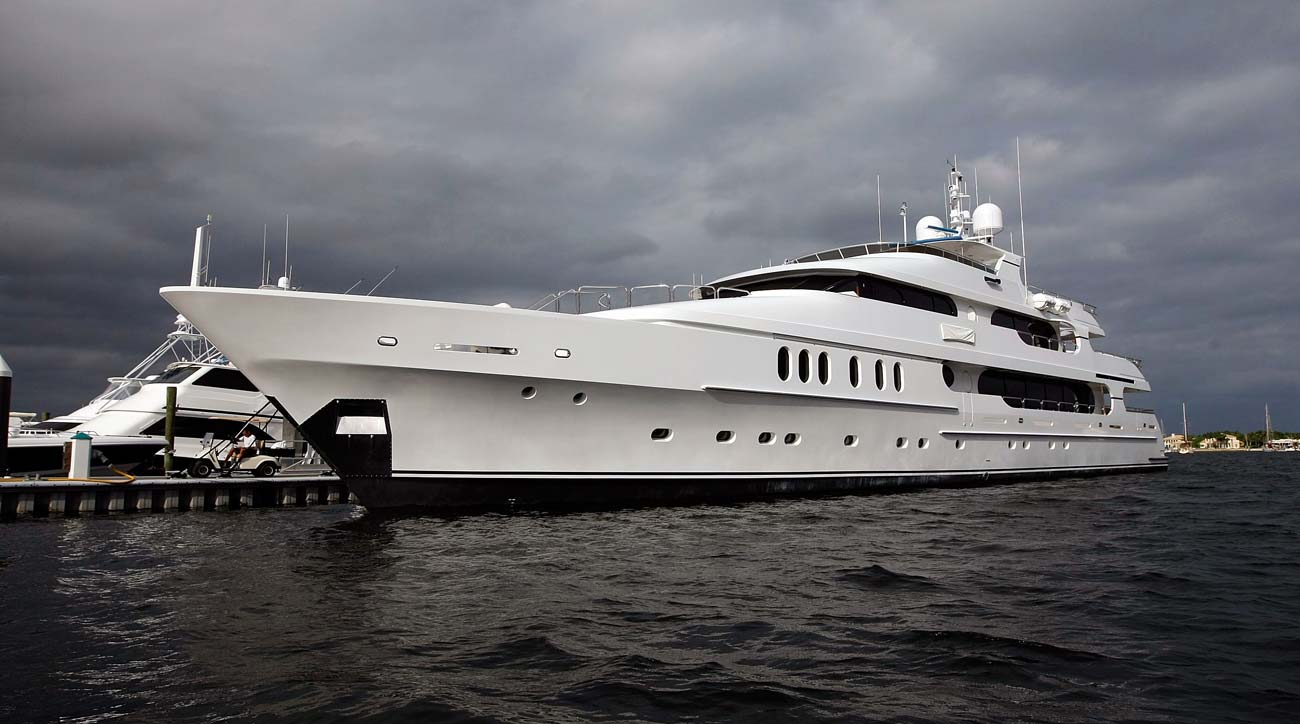 Tiger Woods' yacht: 11 numbers to know about Tiger's insane $20M yacht