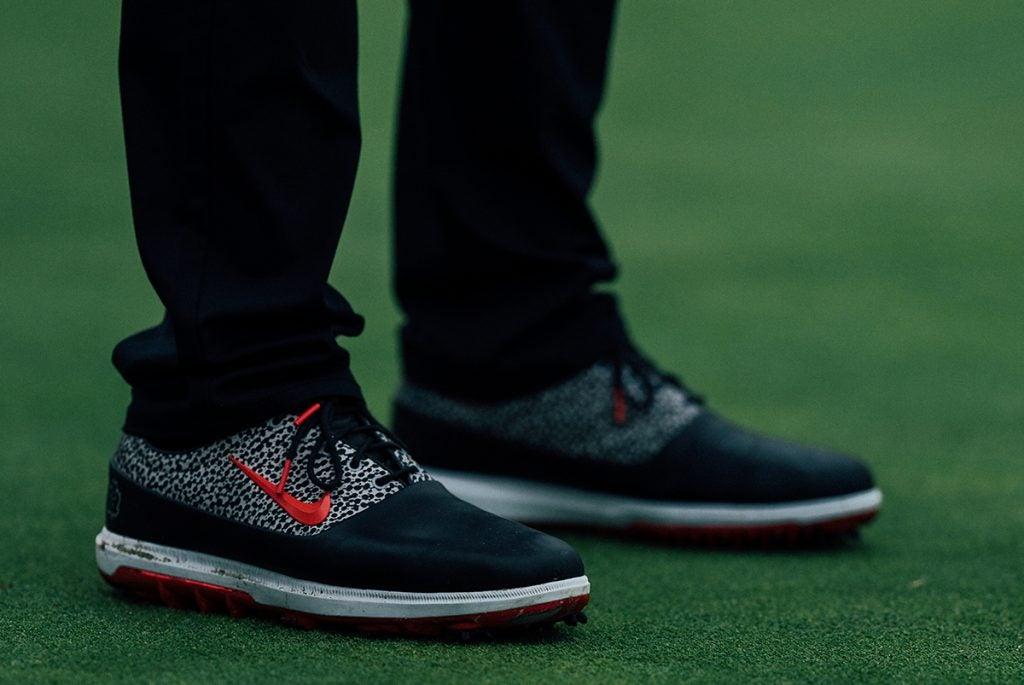 Rory's Nike kicks.