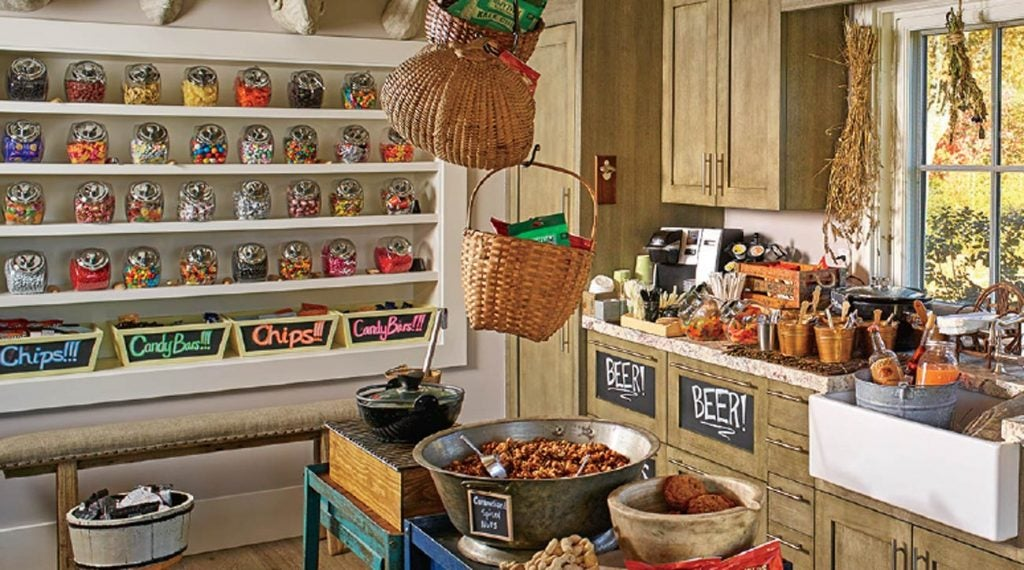 There's a trove of treats and drinks waiting inside the little cabin at Silo Ridge, in Amenia, New York.