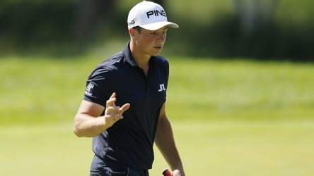 Viktor Hovland switched putters midway through the John Deere Classic.