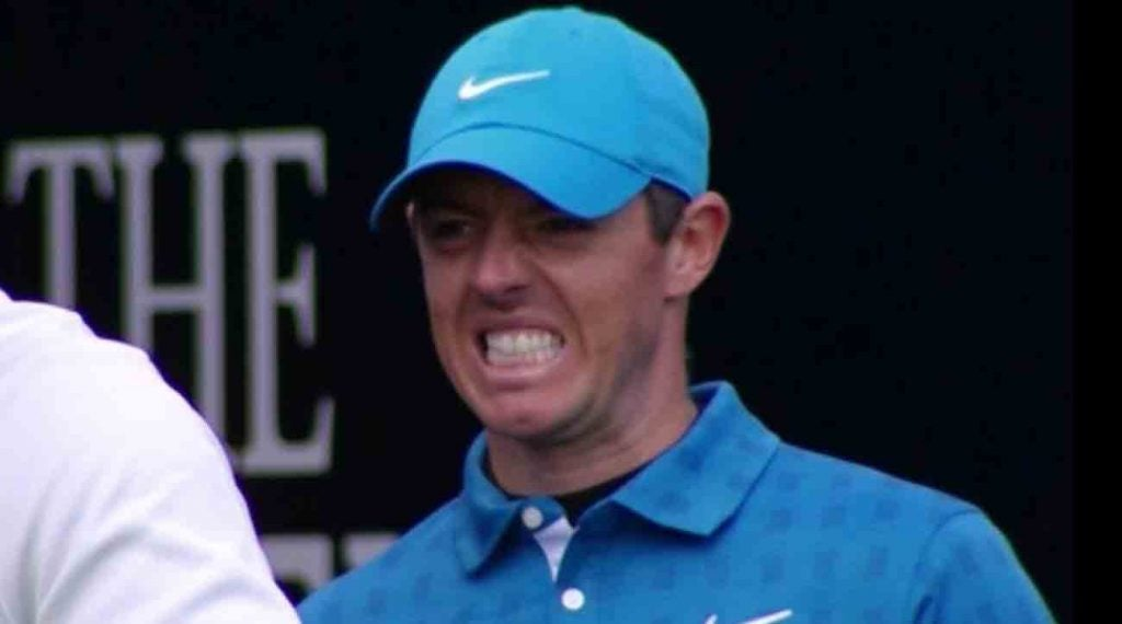 Rory McIlroy made a quadruple-bogey 8 to begin his first round at the Open Championship.