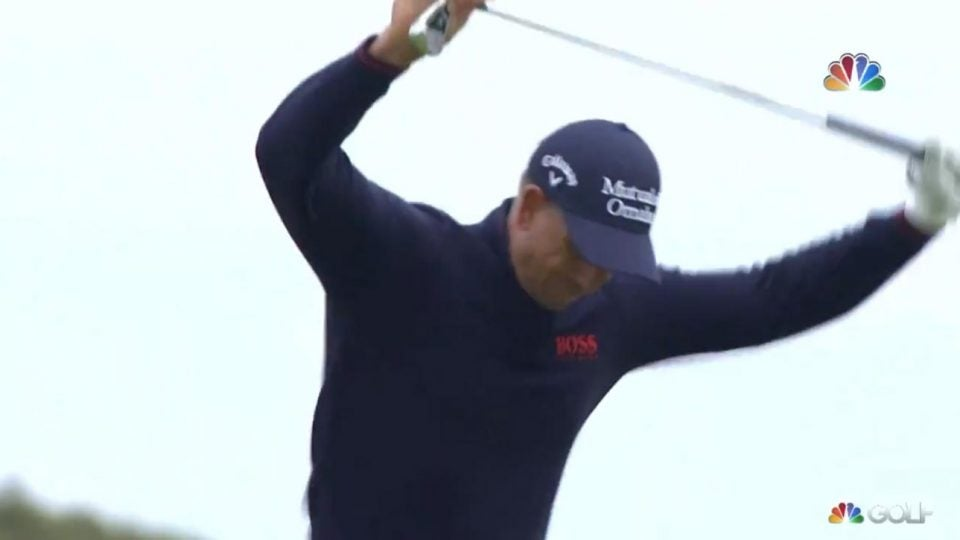 Henrik Stenson snaps club after shank at British Open