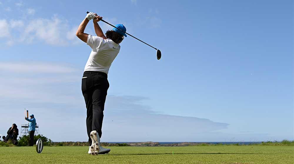 tommy fleetwood hits driver