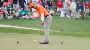 A player putts during the Drive, Chip and Putt.