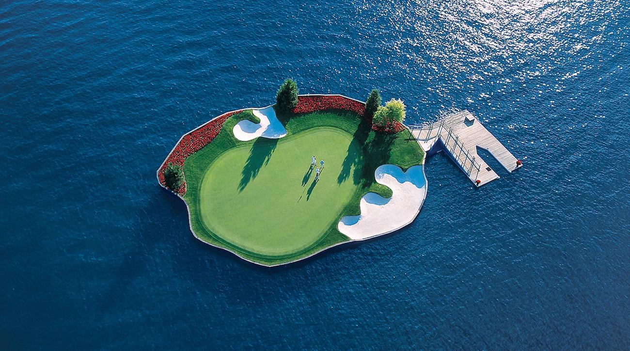 Coeur d'Alene Resort's famous floating green.