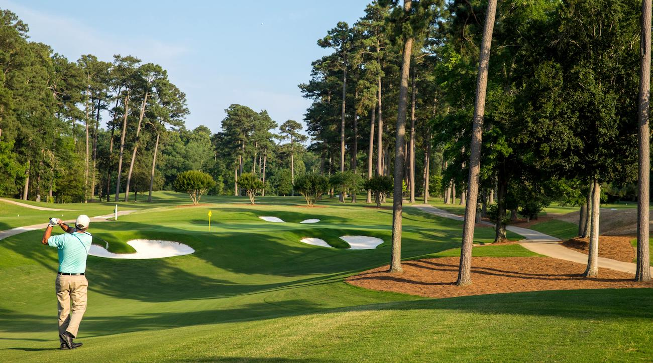 A total of two full 18-hole golf courses are available to play.