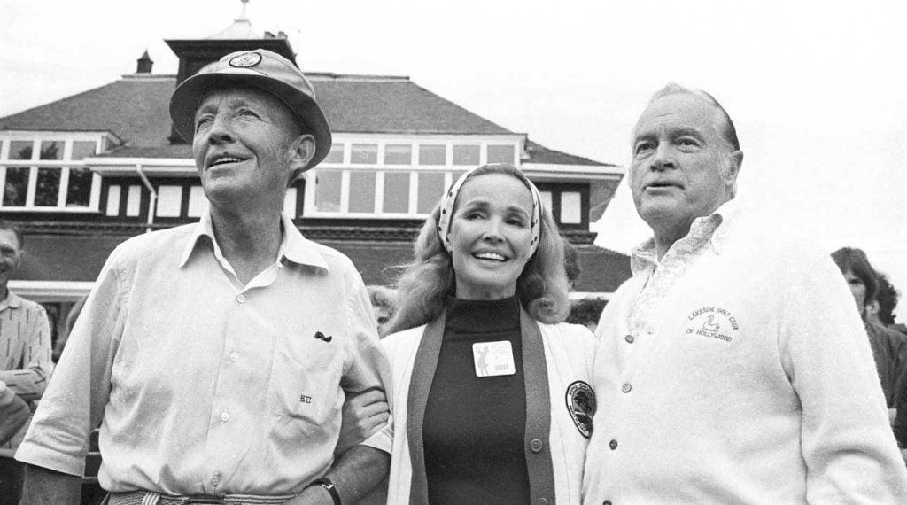 Bing Crosby , his wife Kathryn Grant and comedian Bob Hope in Sunningdale, England, in 1975.