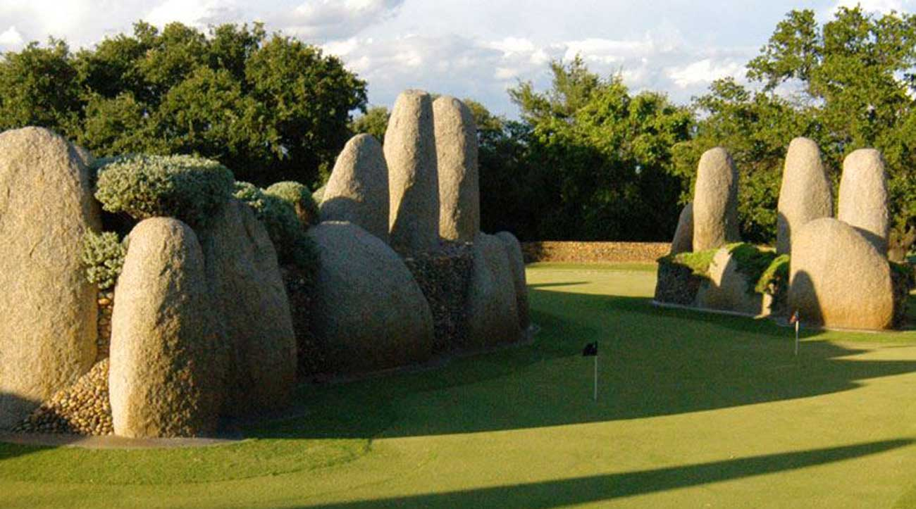 Golfer or not, you and your family will have a blast on the lighted, natural grass, 18-hole putting course.