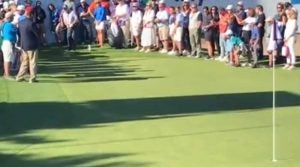 Jack Nicklaus chips in at Celebrity Shootout