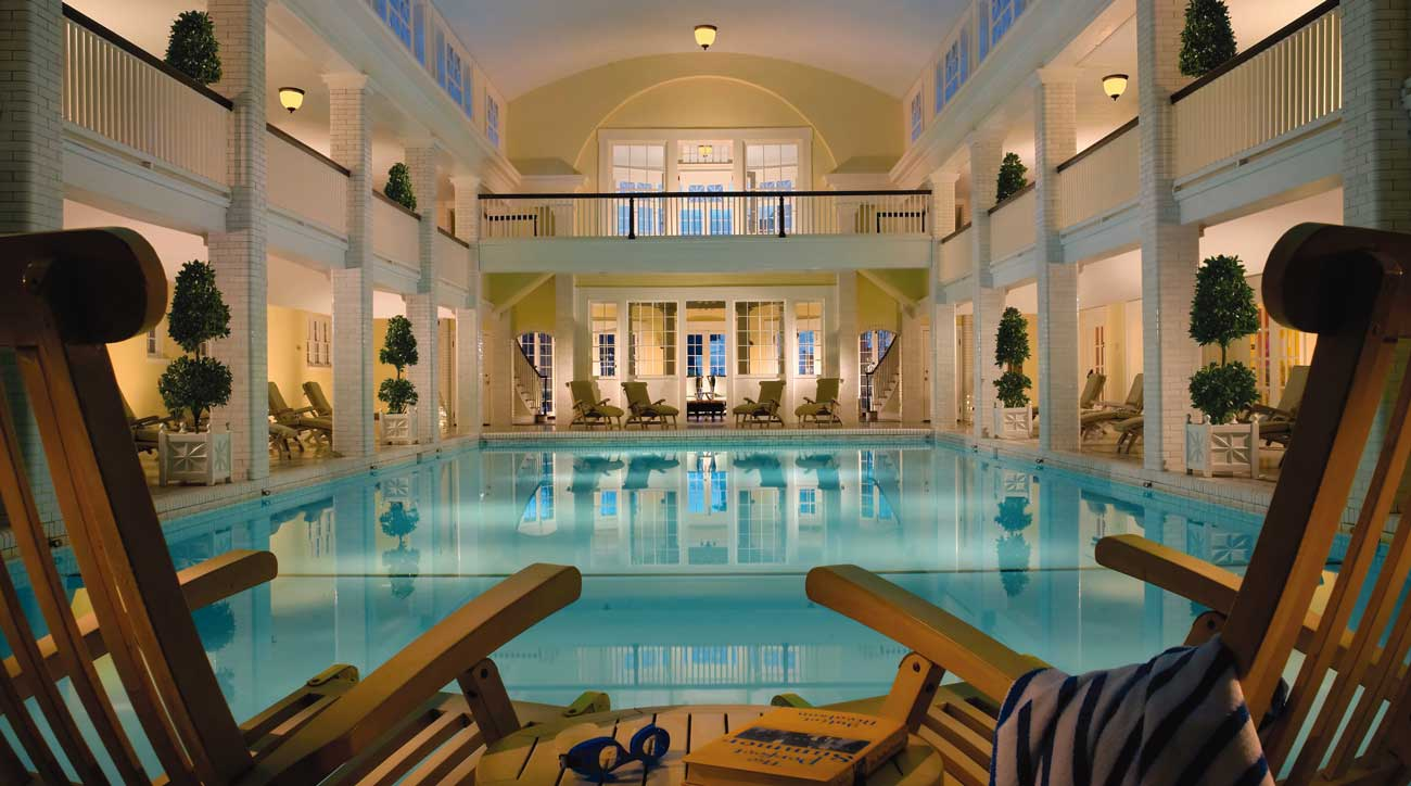 Onmi Bedord Springs Resort features a pool and spa fed by natural springs.