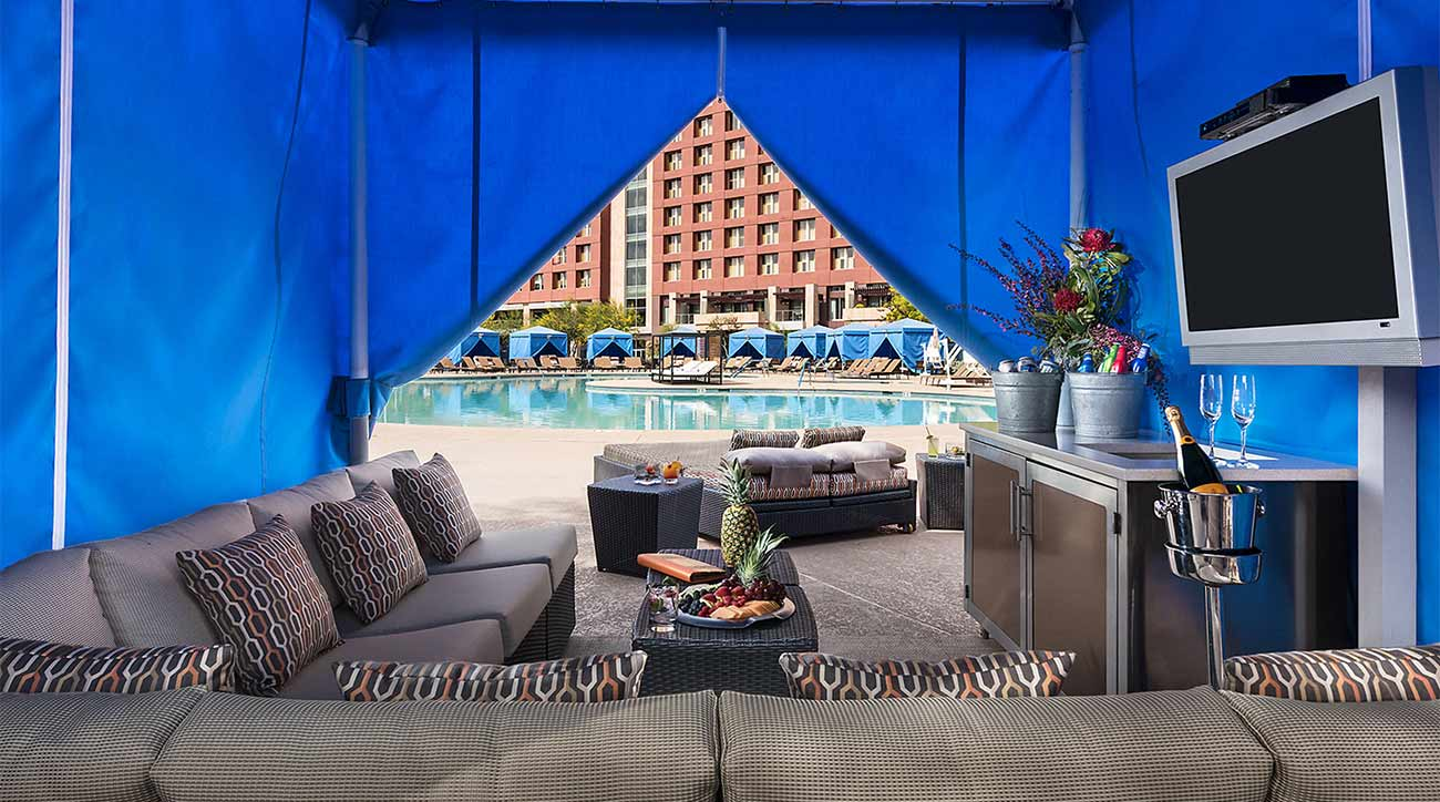 A poolside lounge at Talking Stick.