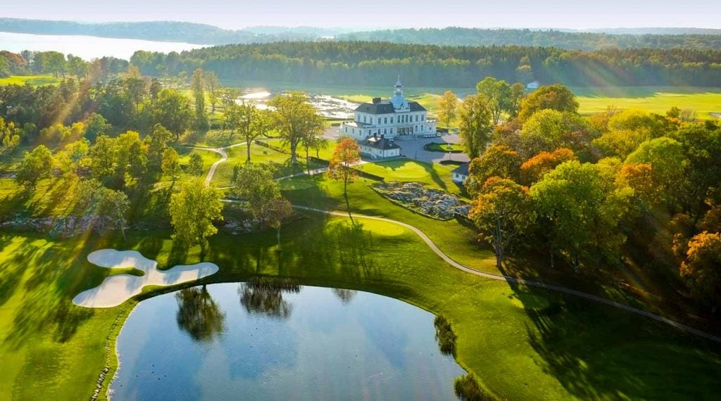 78 men and 78 women will compete at Bro Hof Slott Golf Club in Stockholm from June 11-14, 2020.
