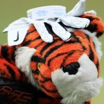 You can extend the life of a golf glove by using these five simple tips.