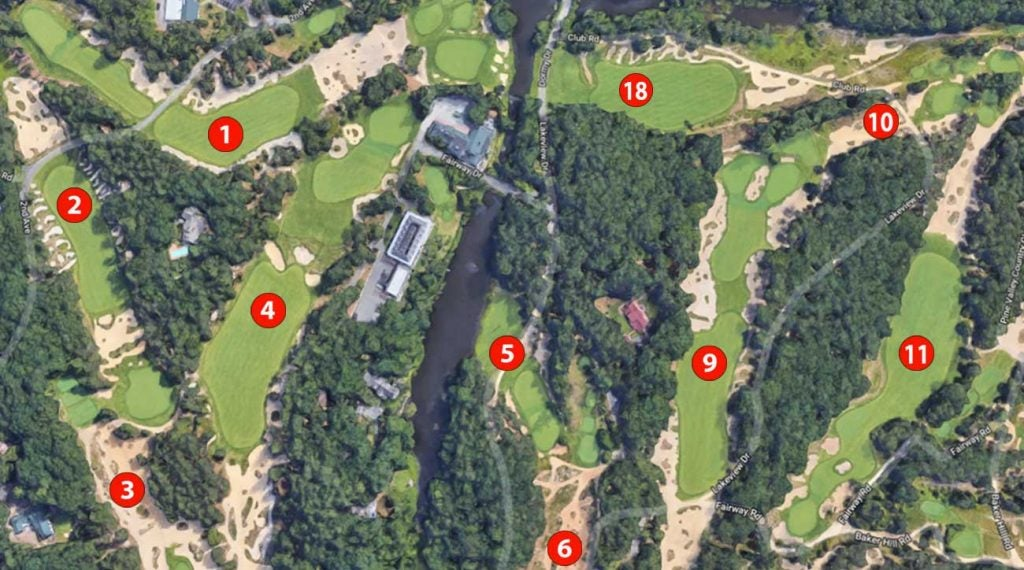 Behold, Google Maps with numbered holes on golf courses!