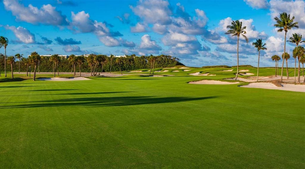 This posh coastal retreat designed by Donald Ross challenges with palms, sea grape bushes, ocean breezes and a varied routing that encompasses two dune ridges. So impressed was Ben Hogan with Seminole's virtues, that he would play and practice here for 30 straight days each year leading up to the Masters.