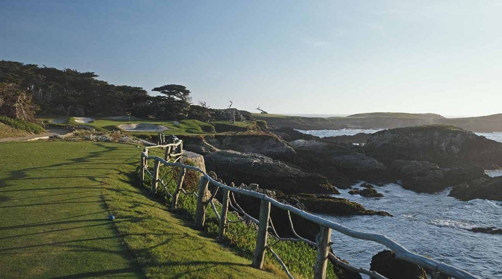 Along 17 Mile Drive you can find some of the world's most beautiful houses and some of its most sublime golf.