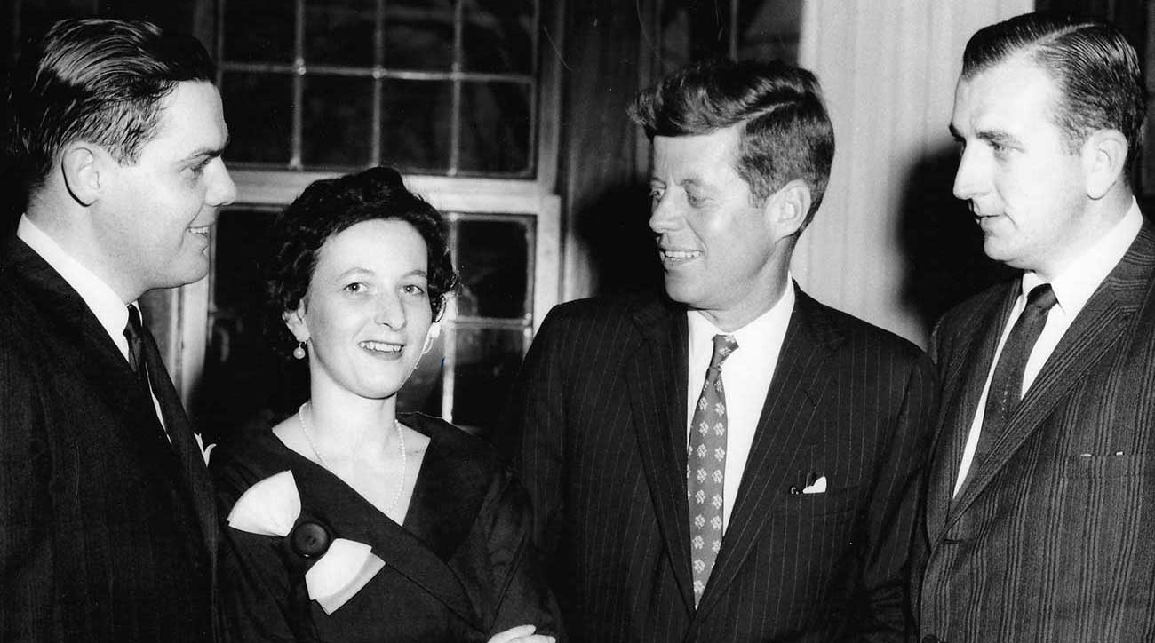 Morrie (right) at a reception with President John F. Kennedy. They played golfer together earlier in the day.