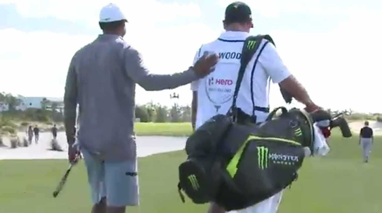 This Guy Paid 75 000 To Caddie For Tiger Woods Here S What He Learned