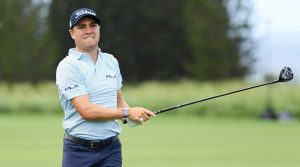 Justin Thomas held the lead mid-day Sunday, but relinquished it again with a poor back nine.