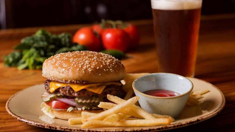 Torrey Pines' Drugstore burger.