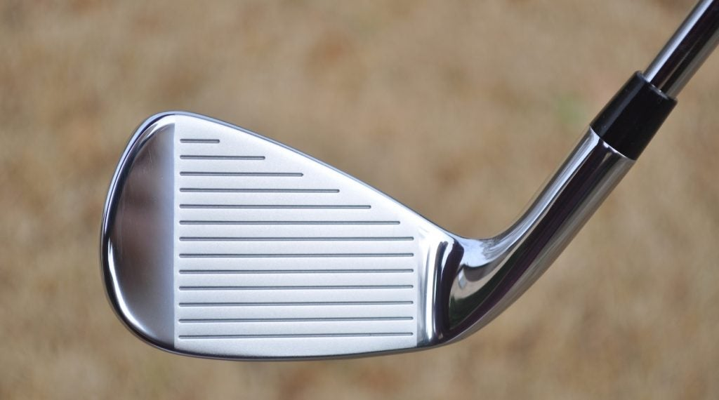 A soft 8620 carbon steel face give D7 Forged ample speed and forgiveness.