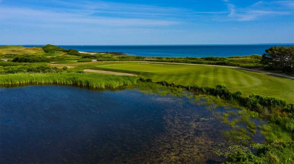 A view of the 2nd hole at Fishers Island in New York, which is a classic Redan.