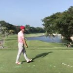 Hosung Choi reacts to accidentally hitting his playing partner.