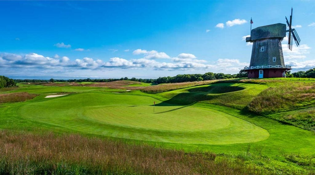 The 16th hole at National Golf Links of America has one of the most famous Punchbowls in the world.