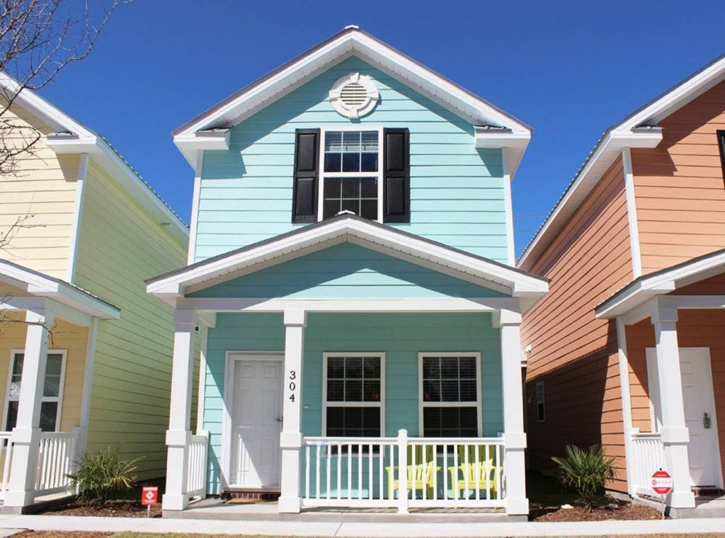 A blue vacation cottage in Myrtle Beach, South Carolina.