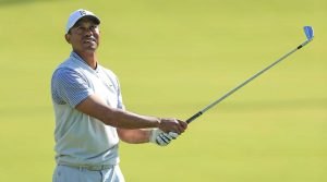 Tiger Woods battled to a 2-over 73 on Friday at Riviera.