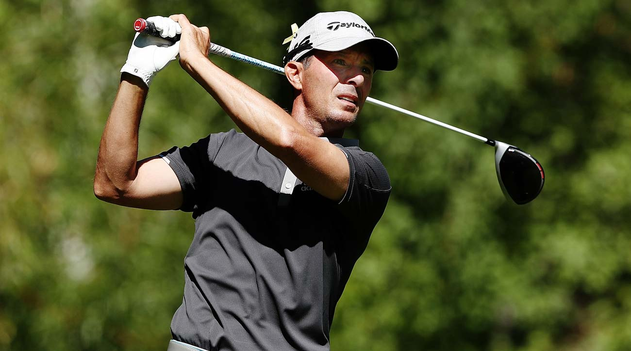 Mike Weir makes an albatross and 3 other stories you might've missed