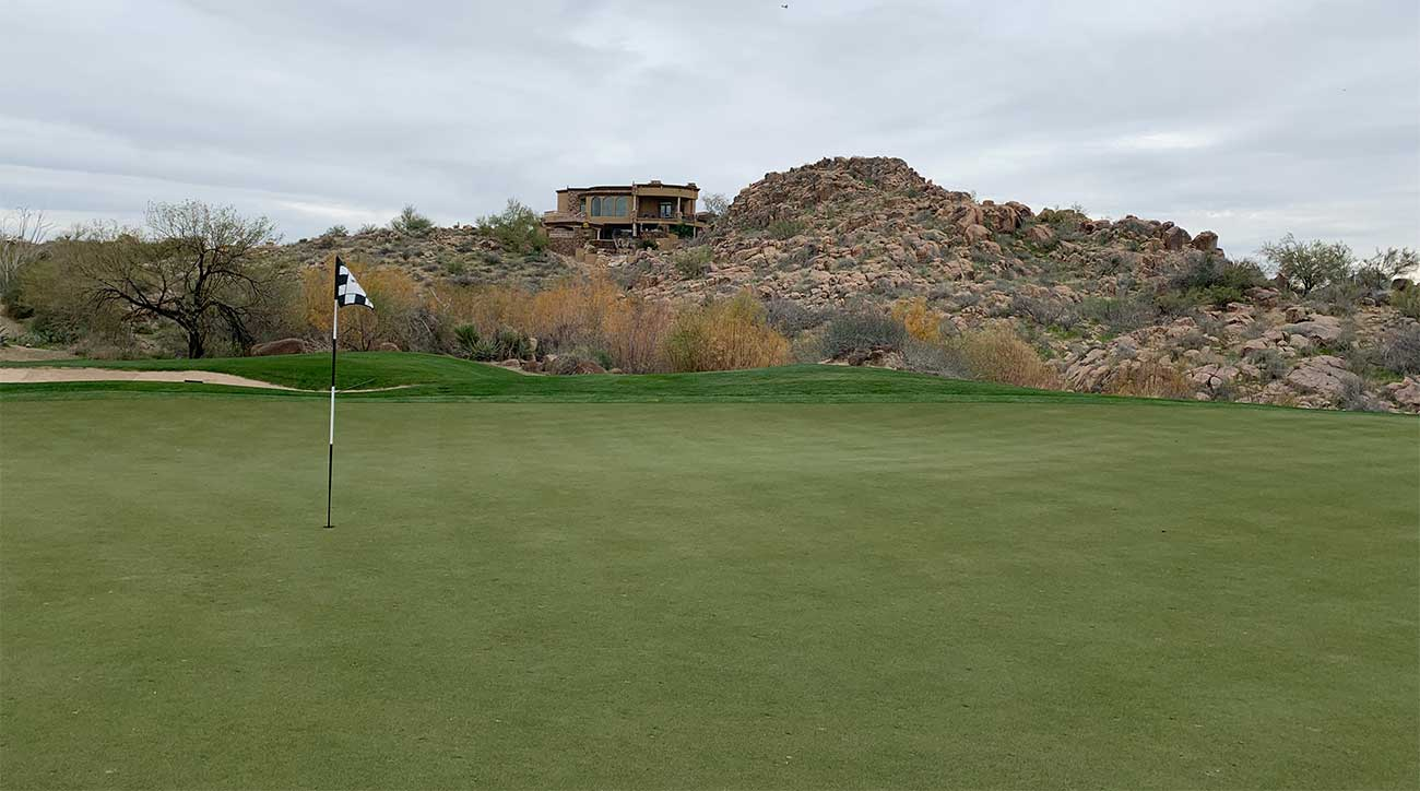 A close up of the green of the 9th hole at the Pinnacle course.