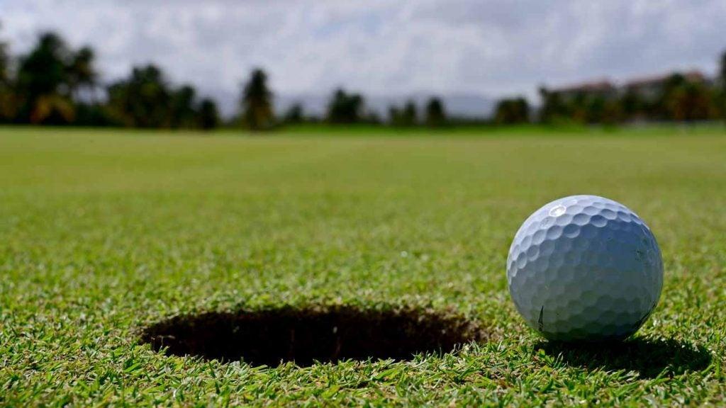 Coronavirus golf