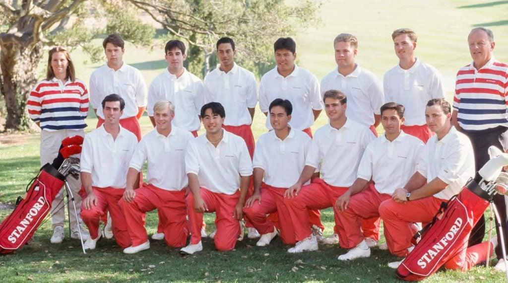 Tiger Woods a rejoint l'équipe de golf de Stanford quelques mois seulement après s'être assis avec Paul Higgins.
