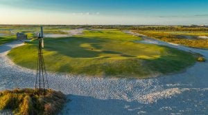 A look at the massive 9th green at Streamsong in Florida.