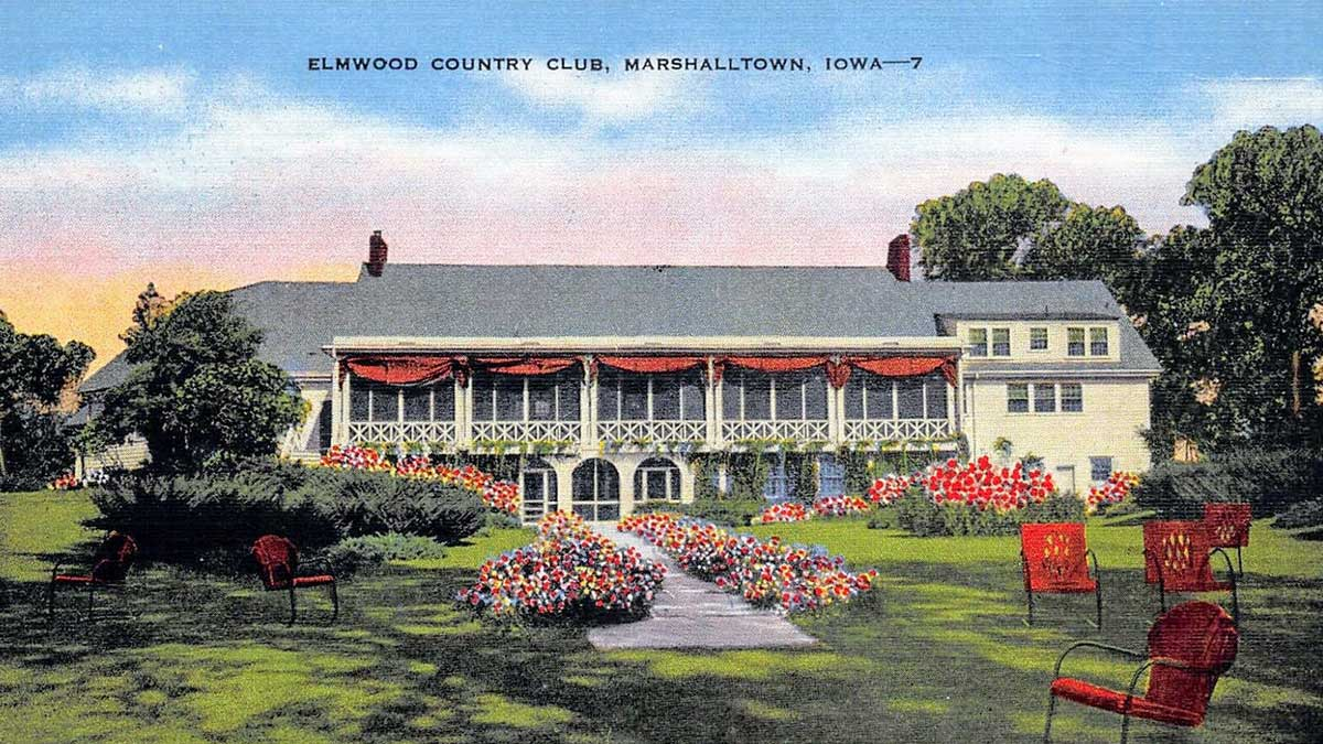 A postcard of Elmwood Country Club.