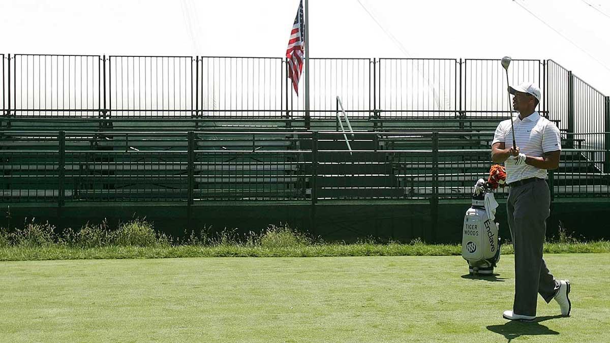 Tiger Woods prend son départ