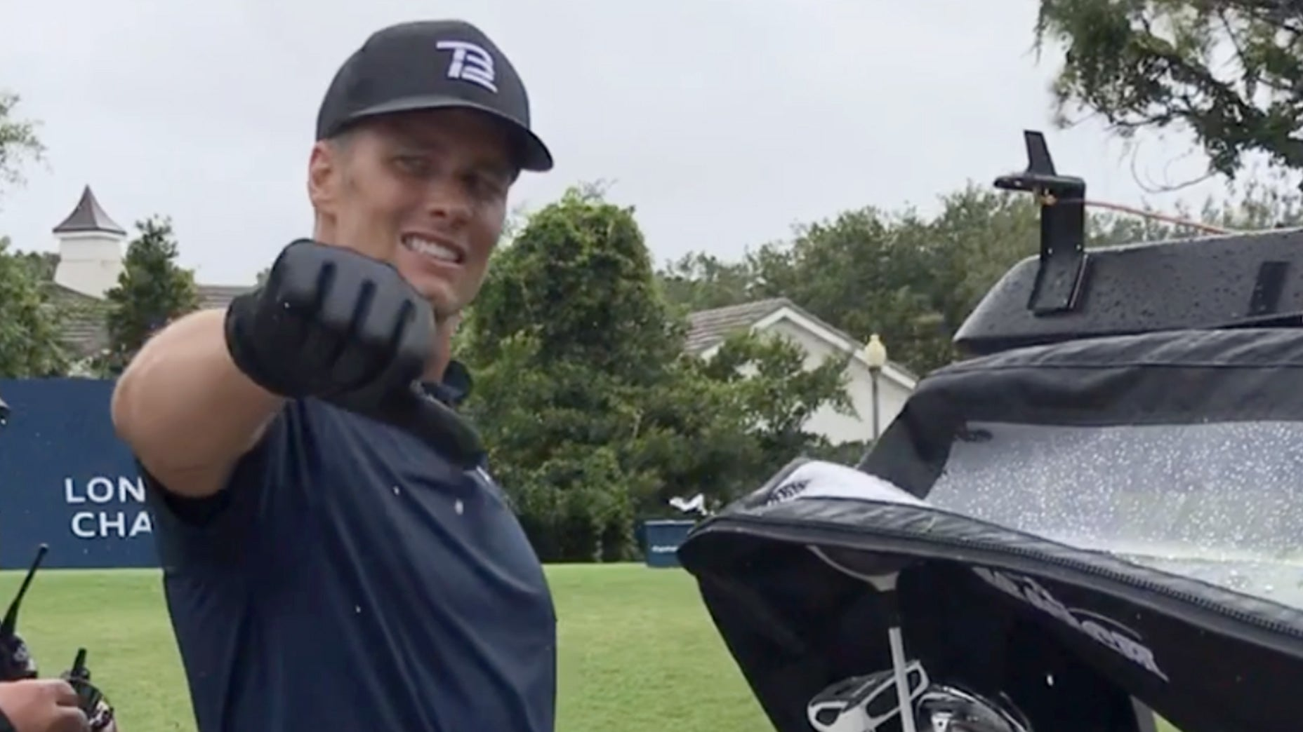 Tom Brady had an up and down day on the golf course.