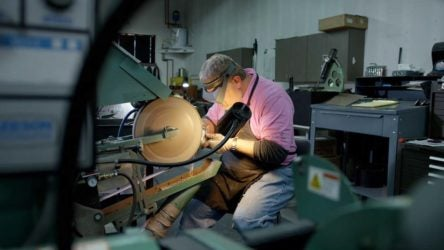 Mike Taylor builds a golf club