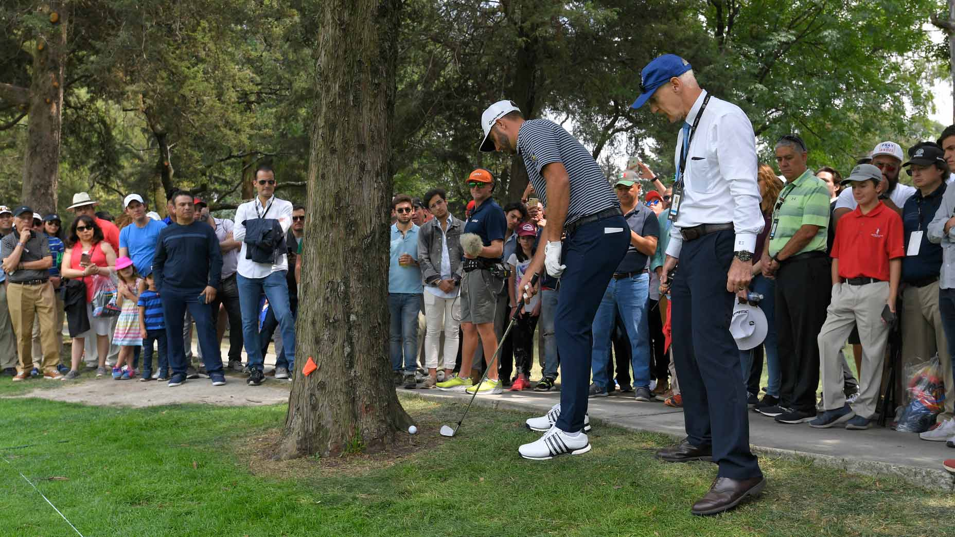 Rules Guy: Is it permissible to play a shot croquet-style?