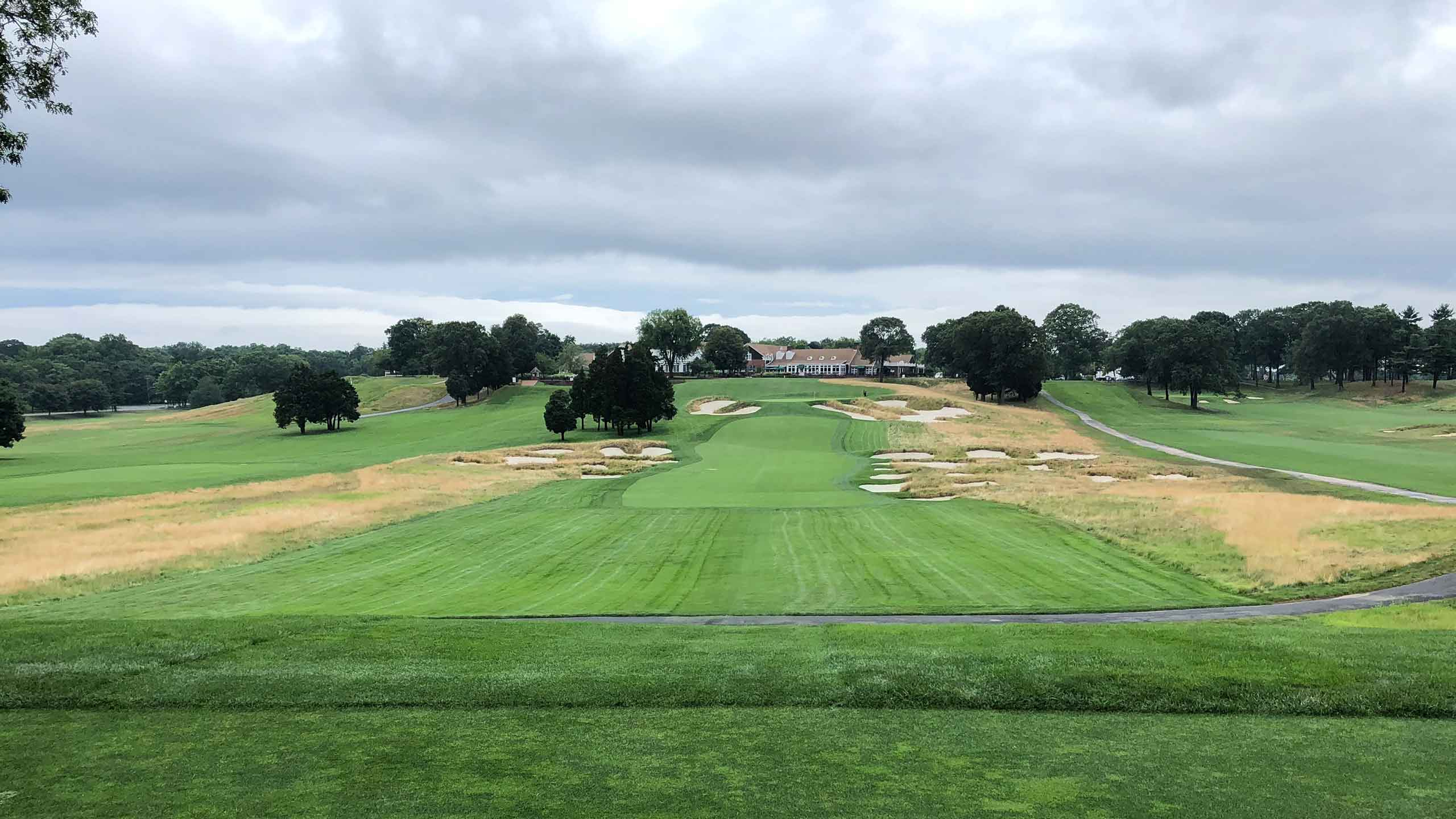 bethpage black 18th tee