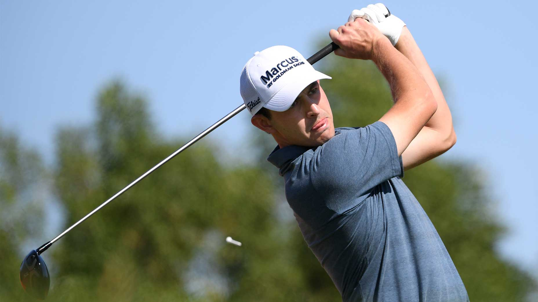 patrick cantlay swings driver