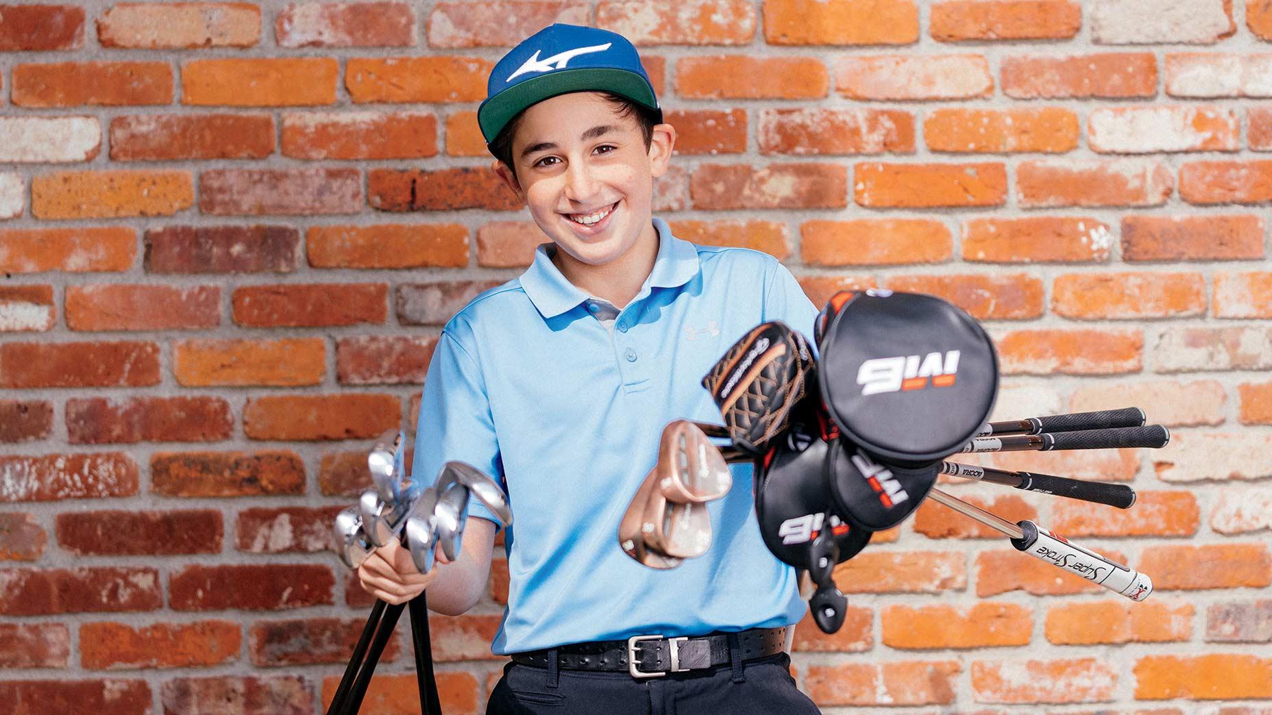 Ike Rothman with golf clubs.