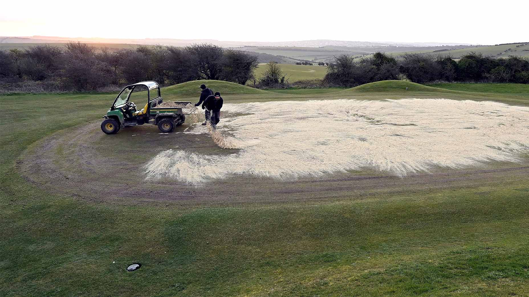 Why golf courses put sand on greens (and why you might want to sand your own yard)