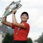 rose zhang with the trophy